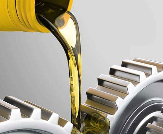 Какое масло лить в коробку передач